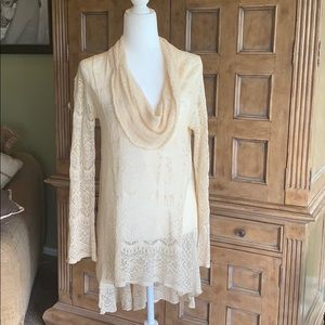 High Low, lace tunic.
